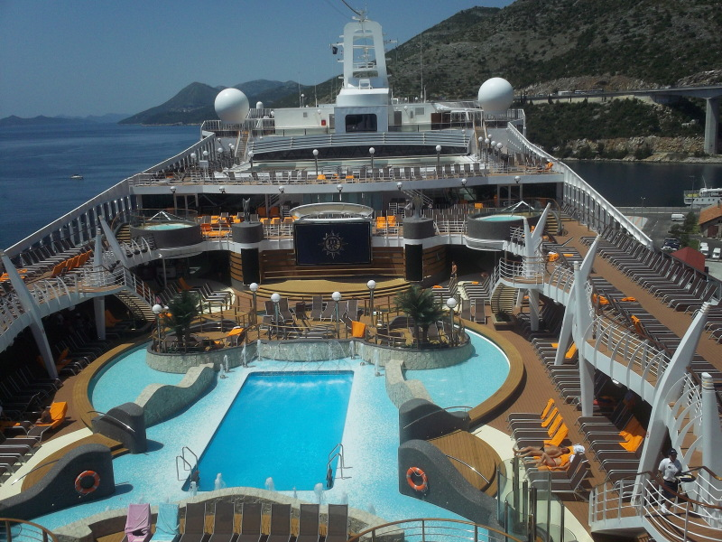 Top 10 Of The Largest Cruise Ships In The World  Saravana